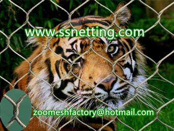 Stainless steel tiger cage fence mesh.jpg