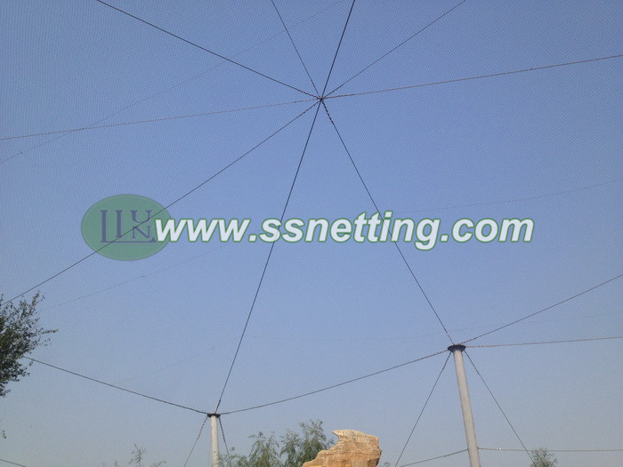 Beautiful aviary with zoo wire rope mesh
