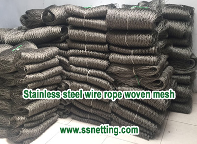 Stainless steel wire rope woven mesh production
